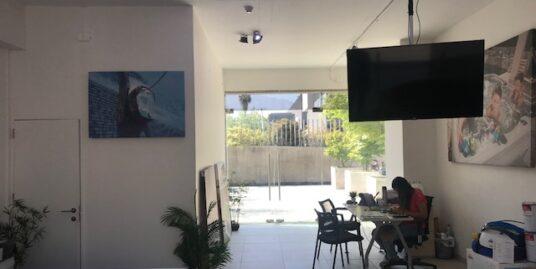 EXCELENTE LOCAL EN ARRIENDO, PLACA COMERCIAL AVENIDA LA DEHESA